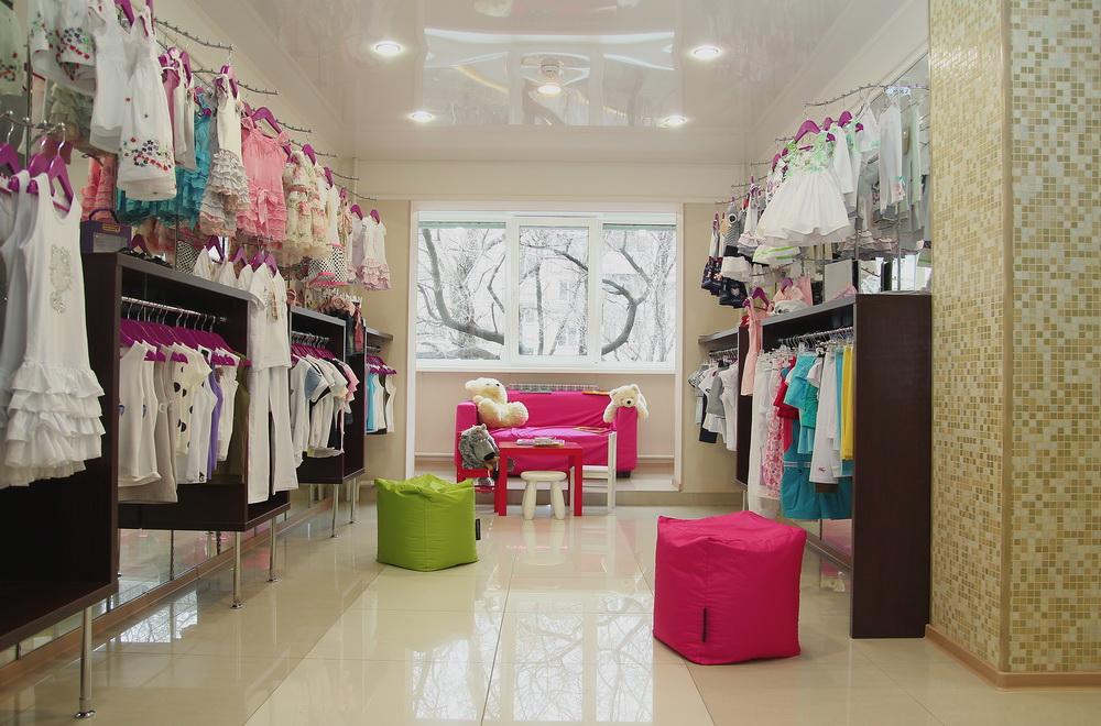 Дизайн магазина одежд